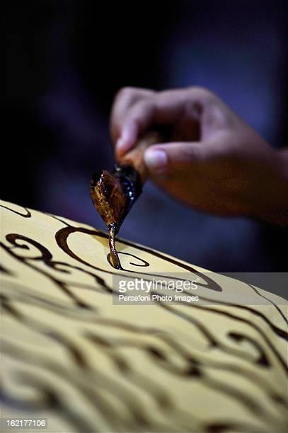 batik hand making