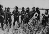 Battle Of Arnhem British Airborne Troops In Holland On September 1944