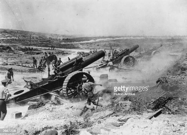 Battle of the Somme France The 39th Siege Battery artillery in action in the FricourtMametz Valley