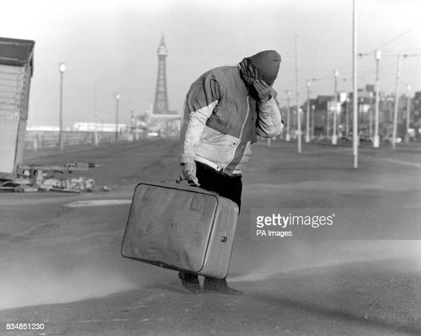 Battling along the promenade was not fun especially carrying a suitcase as gale force winds lashed sand in the eyes and put the area on full alert...