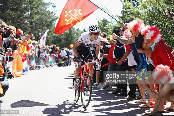 Bauke Mollema of Netherlands heads to the summit of Mont Ventoux during the 12th stage of Le Tour de France from Montpellier to Mont Ventoux on July...