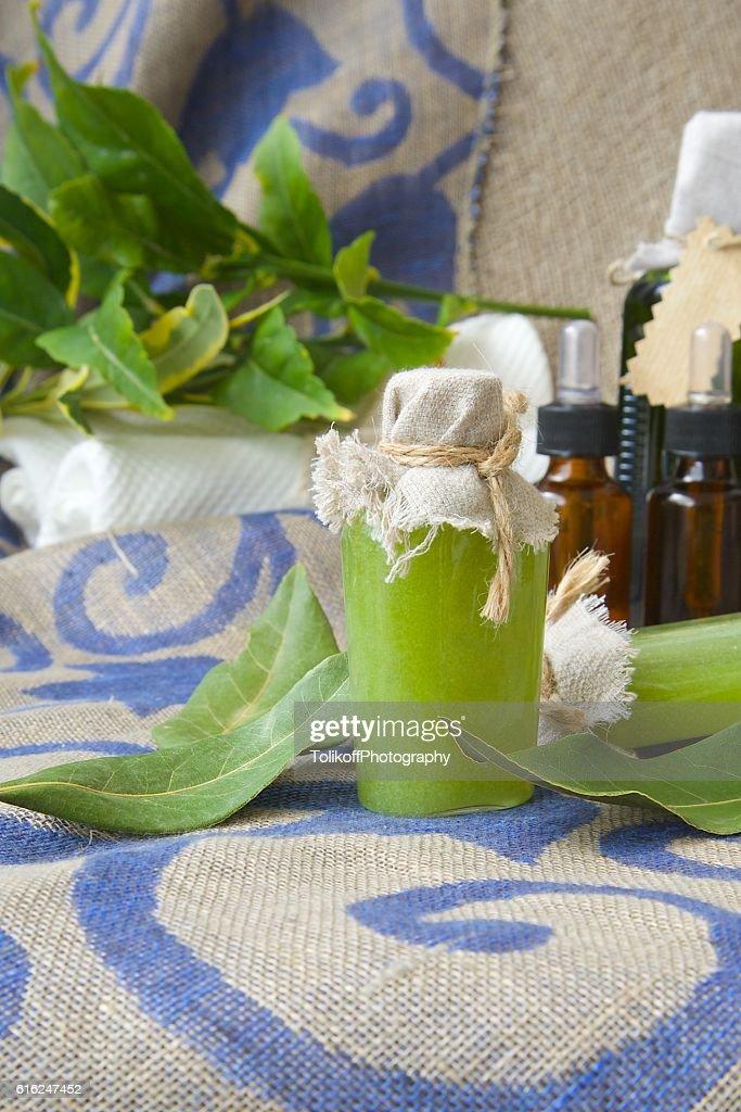 Bay leaf body scrub : Stock-Foto
