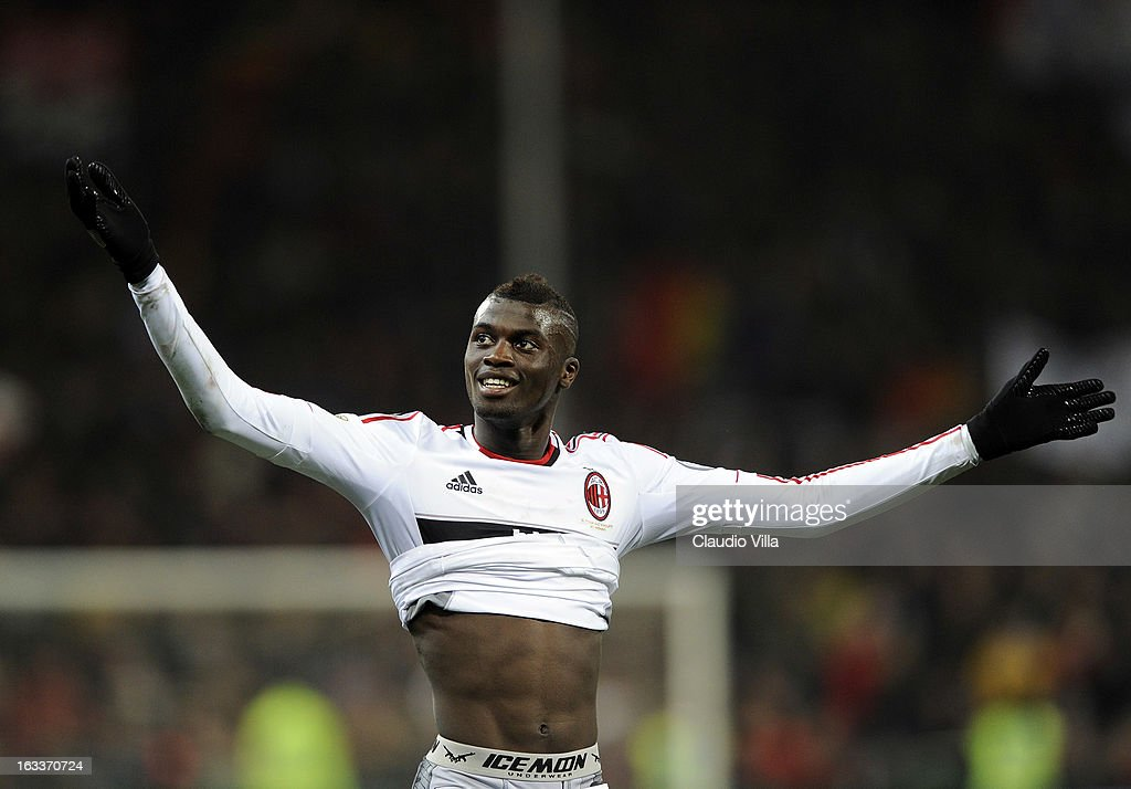 M'Baye Niang of AC Milan celebrates victory at the end of the Serie A match between Genoa CFC and AC Milan at Stadio Luigi Ferraris on March 8, 2013 in Genoa, Italy.
