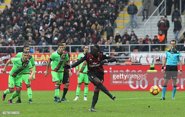 Baye Niang of AC Milan misses a penalty during the Serie A match between AC Milan and FC Crotone at Stadio Giuseppe Meazza on December 4 2016 in...