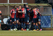 M'baye Niang og Genoa CFC and his team players celebrate the goal of 20 during the Serie A match between Genoa CFC and Hellas Verona FC at Stadio...