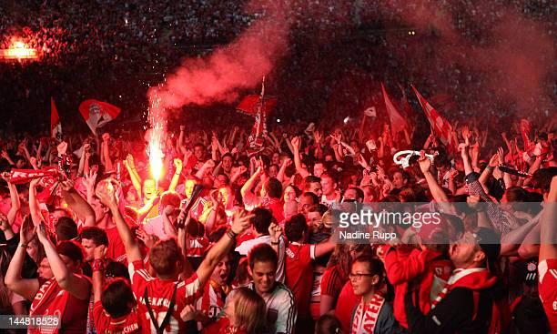 Bayern fans celebrate Thomas Muellers goal during public viewing FC Bayern Muenchen v Chelsea FC UEFA Champions League Final match at Munich...