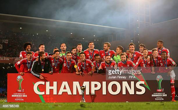 Bayern Munchen celebrate with the trophy after the FIFA Club World Cup Final match between FC Bayern Munchen and Raja Casablanca at the Marrakech...