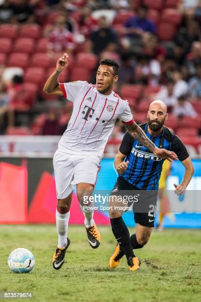 Bayern Munich Midfielder Corentin Tolisso plays against FC Internazionale Midfielder Borja Valero during the International Champions Cup match...