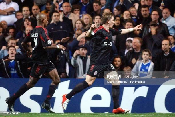 Bayern Munich's Bastian Schweinsteiger celebrates his goal against Chelsea
