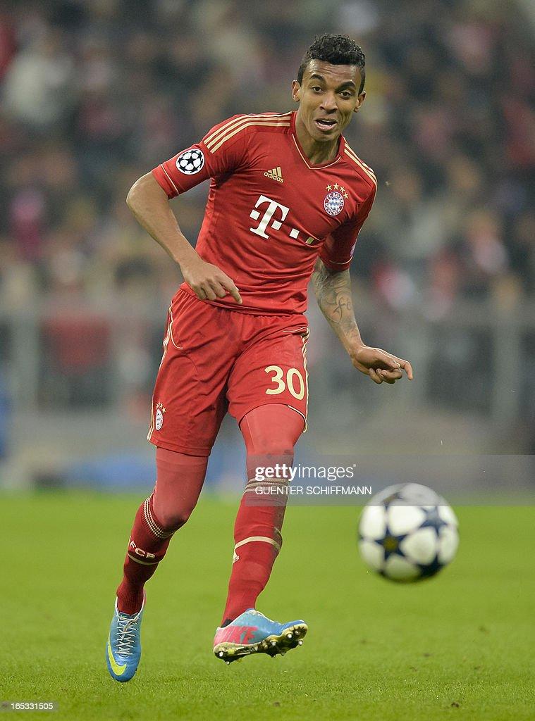 Bayern Munich's Brazilian midfielder Luiz Gustavo plays the ball during the UEFA Champions League quarter final match between FC Bayern Munich vs Juventus Turin at the Allianz Arena stadium in Munich, southern Germany, on April 2, 2013.