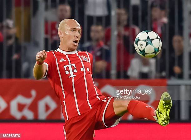Bayern Munich's Dutch midfielder Arjen Robben plays the ball during the Champions League group B match between FC Bayern Munich and Celtic Glasgow in...