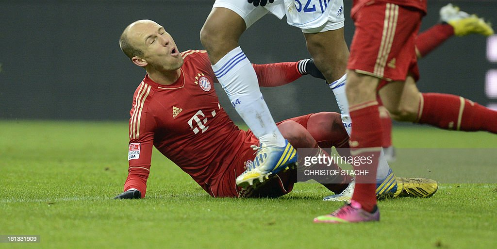 Bayern Munich's Dutch midfielder Arjen Robben reacts after an attack during the German first division Bundesliga football match FC Bayern Munich vs Fc Schalke 04 in Munich, southern Germany, on February 9, 2013.