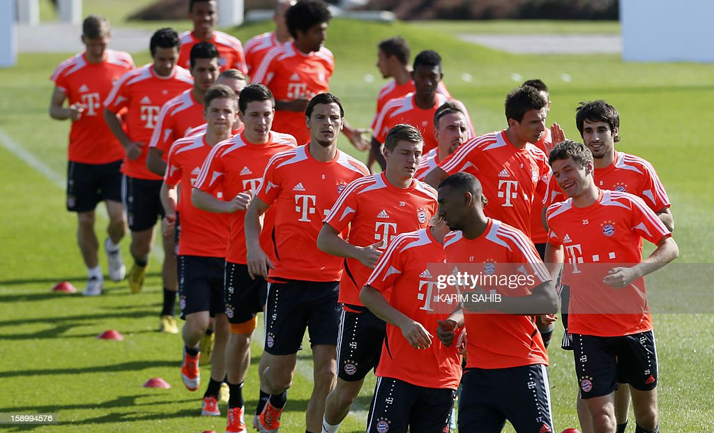 Bayern Munich's football players attend a training session at the Aspire Academy for Sports Excellence in Doha on January 5, 2013. Bayern Munich is in Qatar for a week-long training camp before the beginning of the new season of the German Bundesliga after the winter break. AFP PHOTO/KARIM SAHIB