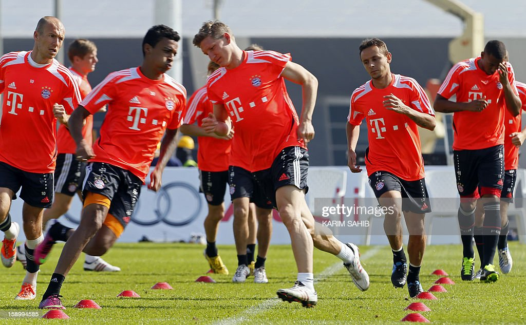 Bayern Munich's football players attend a training session at the Aspire Academy for Sports Excellence in Doha on January 5, 2013. Bayern Munich is in Qatar for a week-long training camp before the beginning of the new season of the German Bundesliga after the winter break.