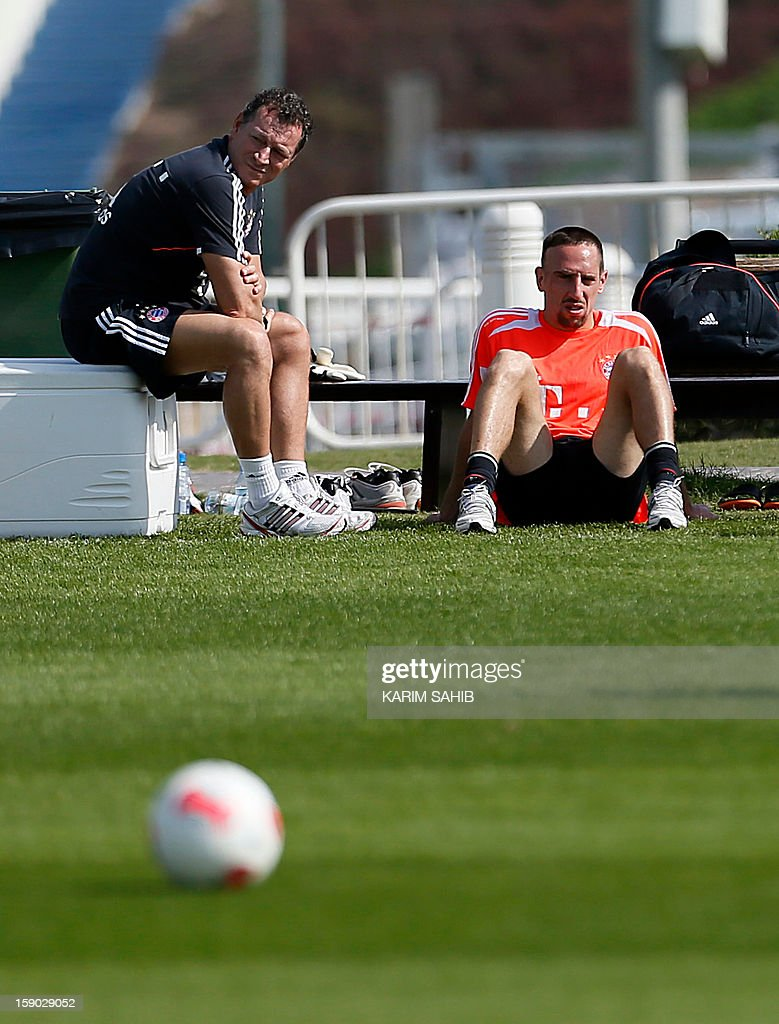 Bayern Munich's French midfielder Franck Ribery (R) attends a training session at the Aspire Academy for Sports Excellence in Doha on January 6, 2013. Bayern Munich is in Qatar for a week-long training camp before the beginning of the new season of the German Bundesliga after the winter break.