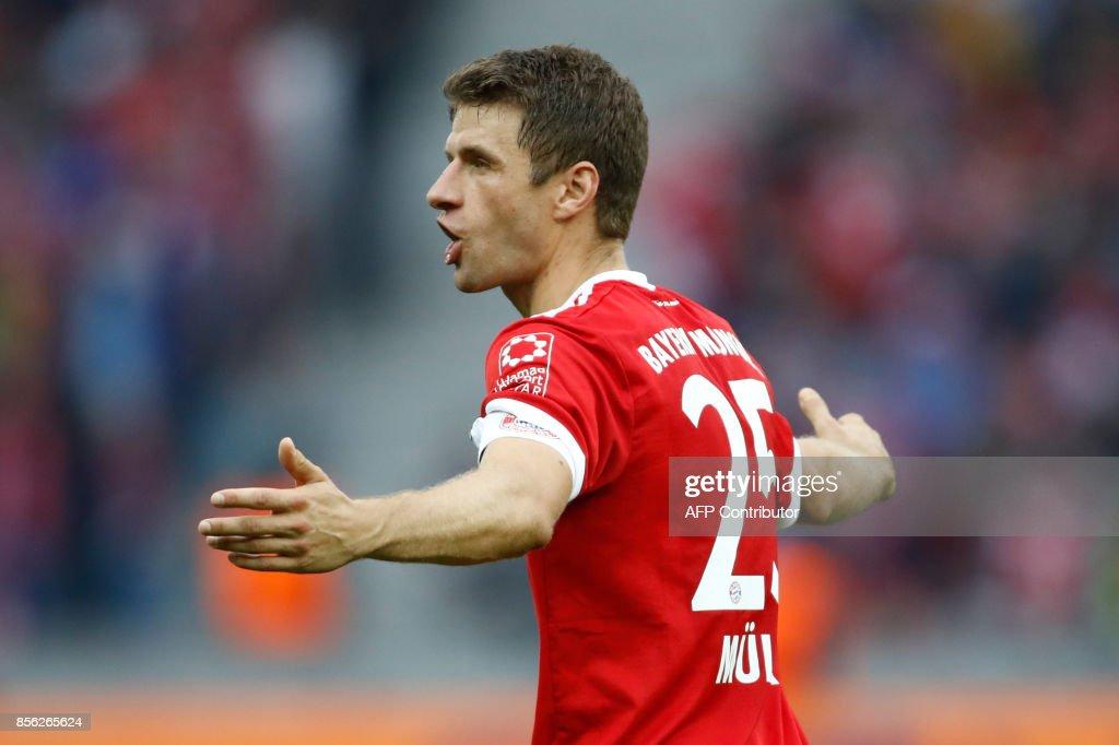 Bayern Munich's German forward Thomas Mueller reacts during the German first division Bundesliga football match between Hertha Berlin and FC Bayern Munich in Berlin, on October 1, 2017. / AFP PHOTO / Odd