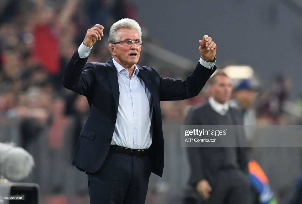Bayern Munich's German head coach Jupp Heynckes reacts during the Champions League group B match between FC Bayern Munich and Celtic Glasgow in Munich, southern Germany, on October 18, 2017. / AFP PHOTO / Christof STACHE