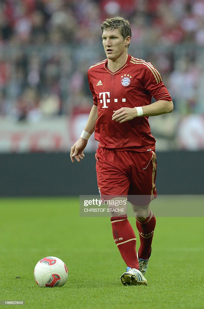 Bayern Munich's midfielder Bastian Schweinsteiger plays the ball during the German first division Bundesliga football match FC Bayern Munich vs Hanover 96 in Munich, southern Germany, on November 24, 2012. Bayern Munich won the match 5-0.