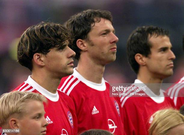 Bayern Munich's Owen Hargreaves lines up with team mates Thomas Linke Mehmet Scholl during the UEFA Champions League Final against Valencia at the...
