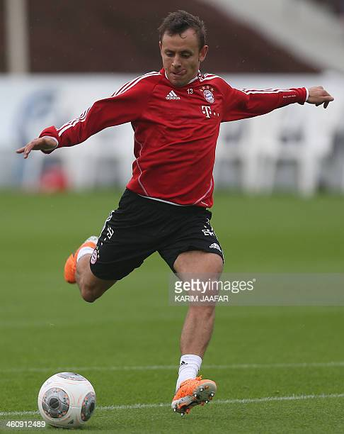 Bayern Munich's Rafinha takes part in a training session at the Aspire Academy of Sports Excellence in Doha on January 6 2014 AFP PHOTO / ALWATAN...