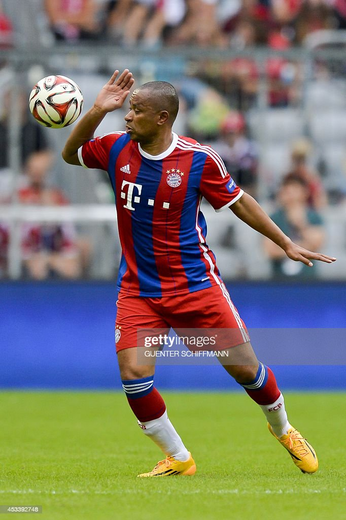 Bayern Munich's retired Brazilian striker Paulo Sergio plays the ball during an AllStar game of the FC Bayern AllStars vs the Manchester United...