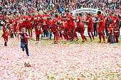 Bayern players celebrate after winning the league during the Bundesliga match between FC Bayern Muenchen and 1 FSV Mainz 05 at the Allianz Arena on...