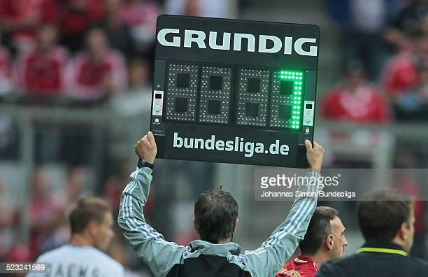BayernSpieler Franck Ribery wird eingewechselt beim BundesligaSpiel zwischen dem FC Bayern Muenchen und Borussia Moenchengladbach am in der Muenchner...