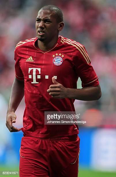 BayernSpieler verlaesst beim BundesligaSpiel zwischen dem FC Bayern Muenchen und Borussia Moenchengladbach am in der Muenchner AllianzArena verletzt...