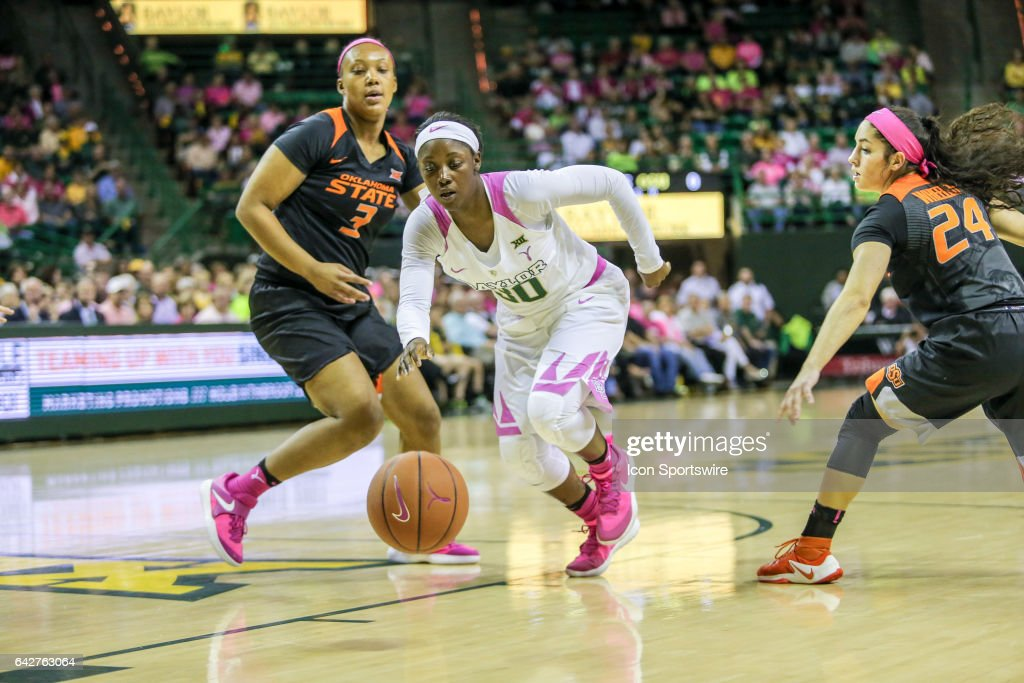 Baylor Bears guard Alexis Jones (30) goes to the basket during the women's basketball game between Baylor and Oklahoma State on February 18, 2017, at the Ferrell Center in Waco, TX.