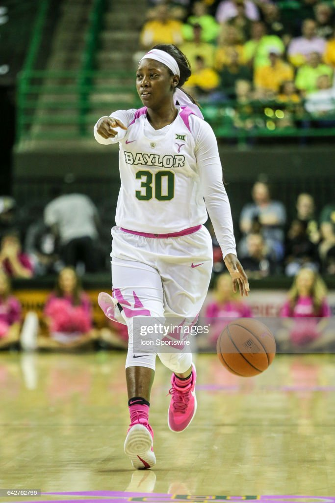 Baylor Bears guard Alexis Jones (30) sets the play during the women's basketball game between Baylor and Oklahoma State on February 18, 2017, at the Ferrell Center in Waco, TX.