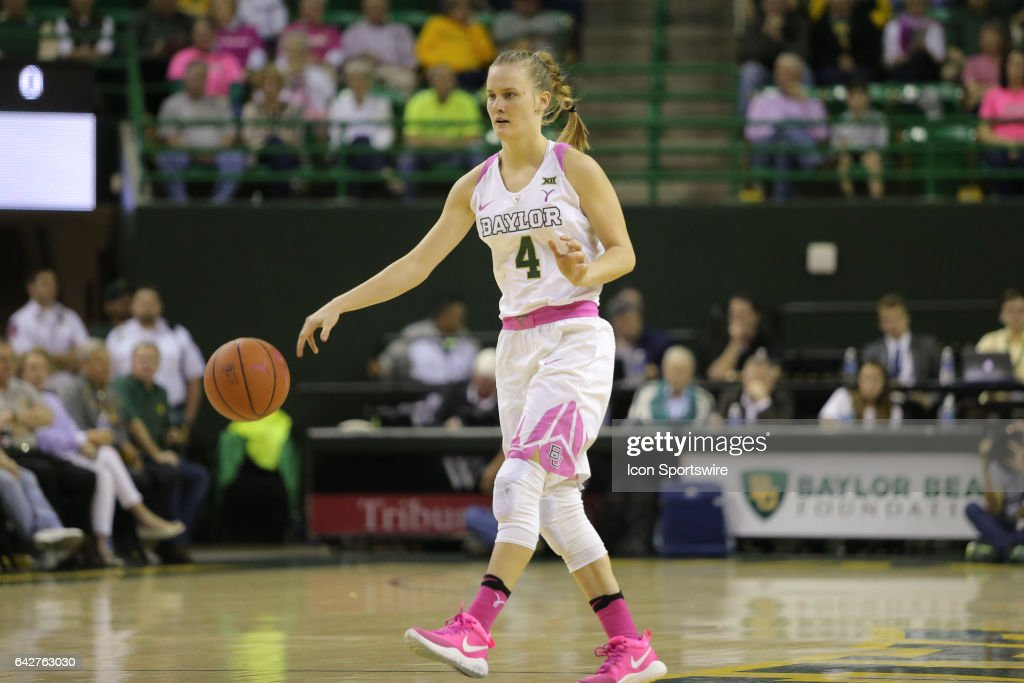 Baylor Bears guard Kristy Wallace (4) dribbles during the women's basketball game between Baylor and Oklahoma State on February 18, 2017, at the Ferrell Center in Waco, TX.