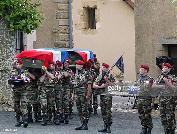 1er rpima de bayonne stock photos and pictures getty images for Combat portent 30 20