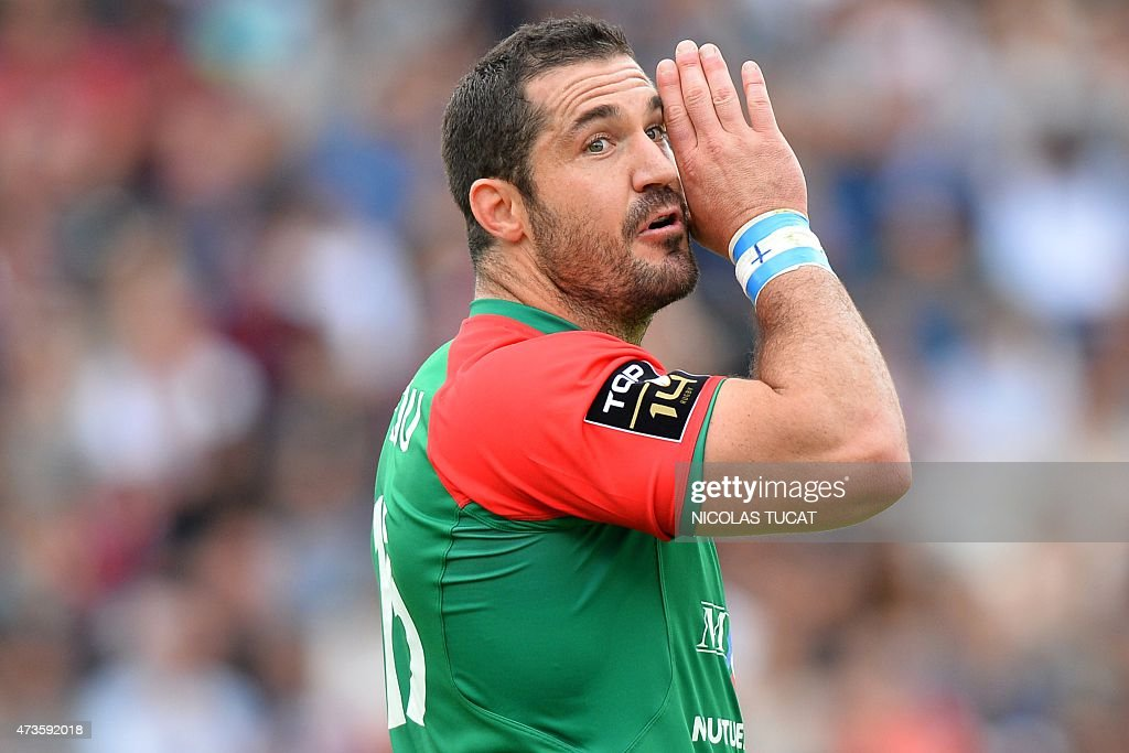Bayonne's French fullback Scott Spedding gestures during the French Top 14 rugby union match between Bordeaux and Bayonne on May 16 2015 at the...