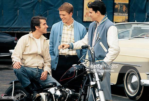 DAYS 'Be the First on Your Block' Season One 5/7/74 The Cunninghams decided to keep their family bomb shelter a secret Pictured Henry Winkler Ron...