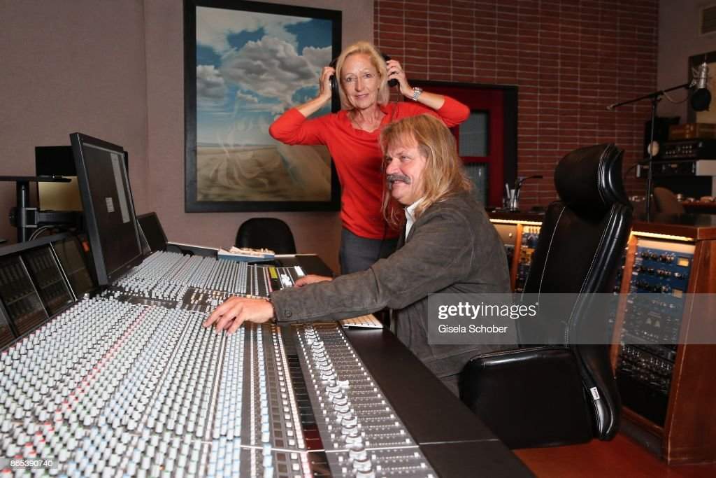bea schmidt executive producer of sturm der liebe series and music producer leslie - Executive Producer Music