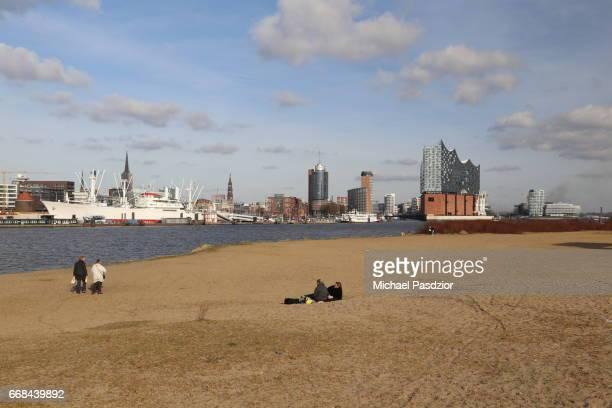 Beach and Elbphilharmonie