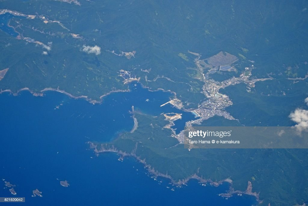 Beach and seaside line in Taiki town in Mie Prefecture daytime aerial view from airplane : ストックフォト