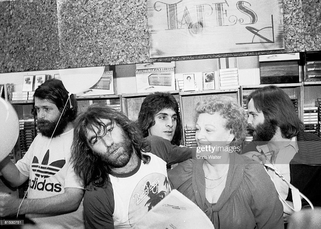 Beach Boys 1979 Brian Wilson Dennis Wilson Carl Wilson with guest and mother Audree Wilson on Beach Boys Day in LA