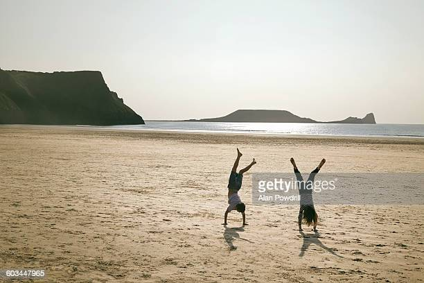Beach cartwheels with 2 kids