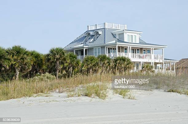 Casa al mare foto e immagini stock getty images for Disegni casa bungalow