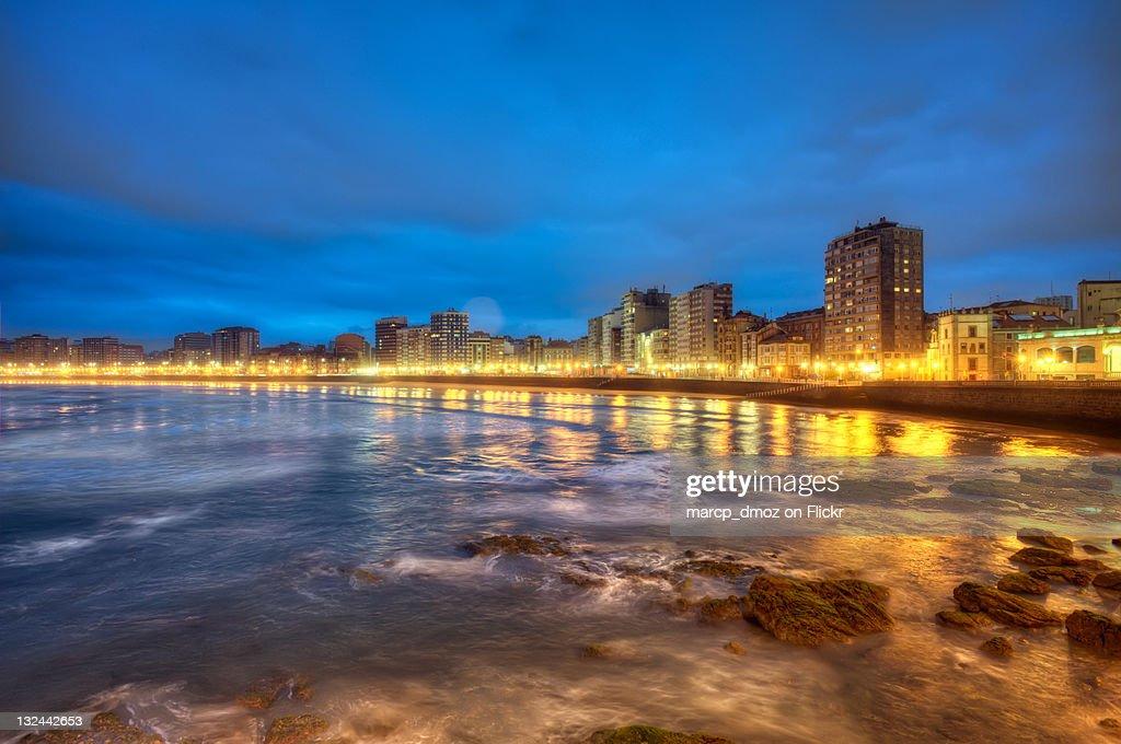 Beach of San Lorenzo in Gijon : Stock Photo