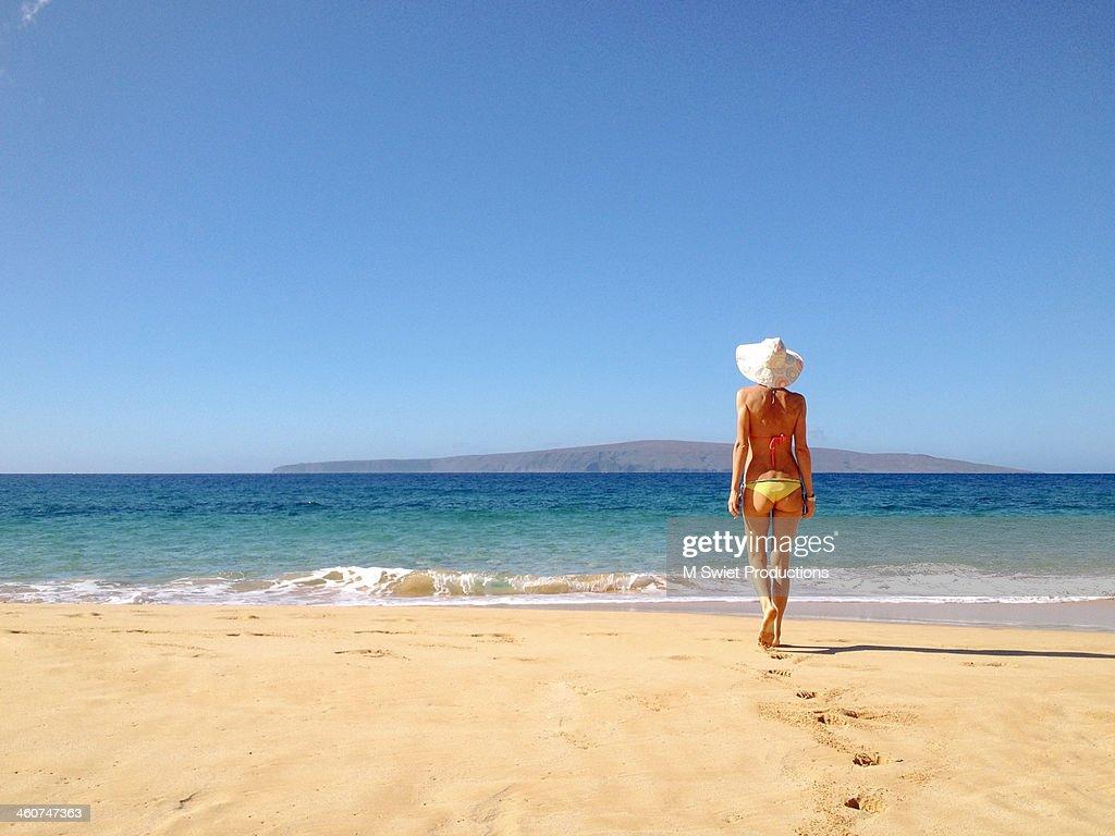 beach walk : Stock Photo