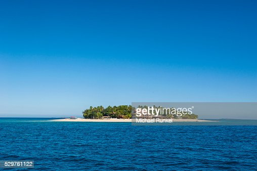 beachcomber island mamanucas islands fiji south pacific pacific stock photo getty images. Black Bedroom Furniture Sets. Home Design Ideas
