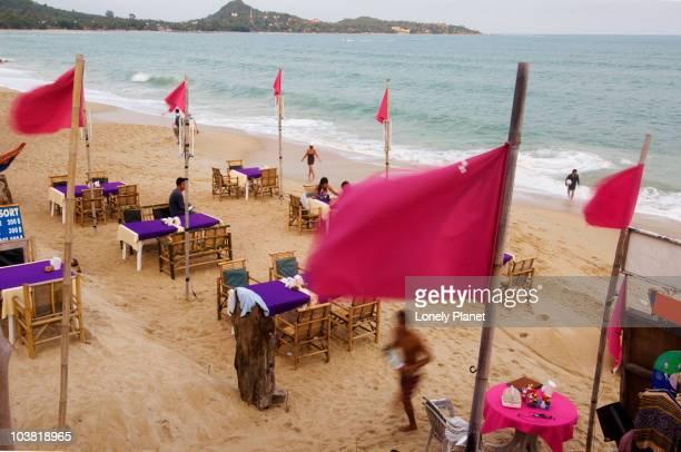 Beachside dining at Hat Lamai.