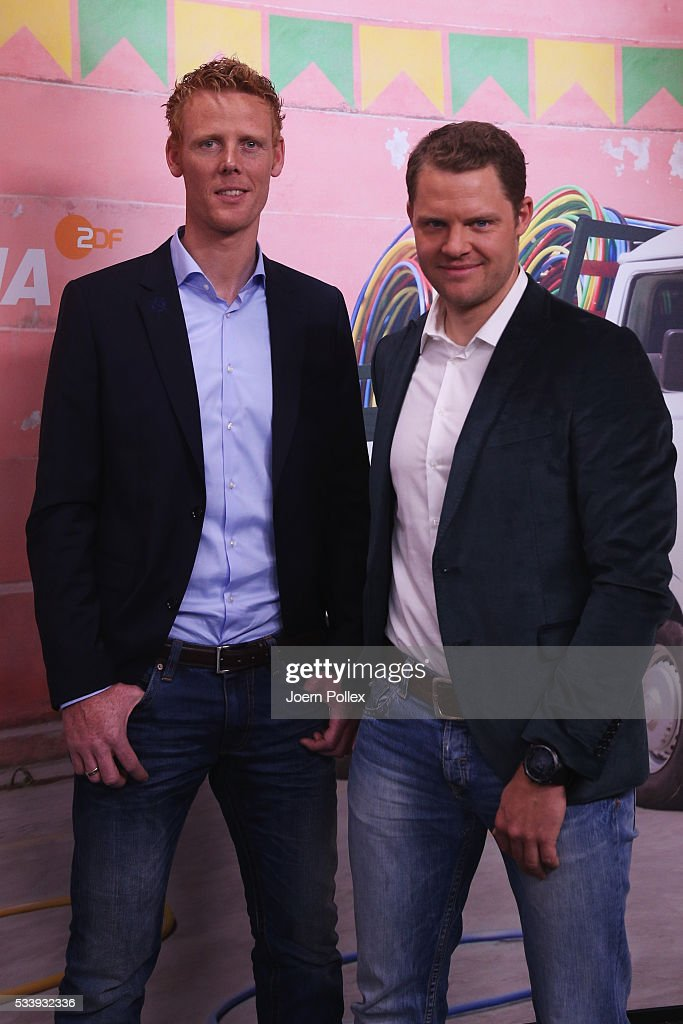 Beachvolleyball expert Jonas Reckermann (L) and row expert Kristof Wilke pose during a photocall prior to the ARD and ZDF Olympics 2016 Press Conference at Empire Riverside Hotel on May 24, 2016 in Hamburg, Germany.