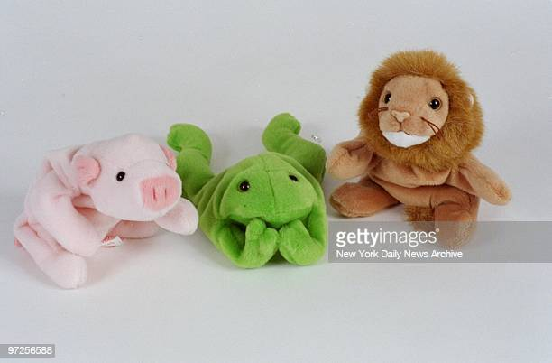 Beanie babies a pig a frog and a lion