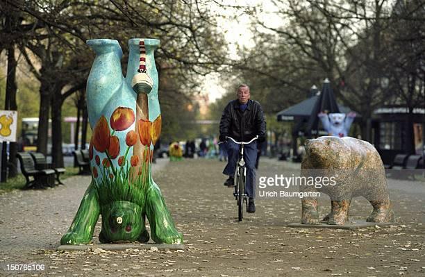 bear art in Berlin centre