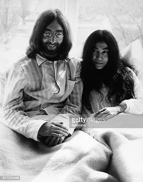 Beatle John Lennon and his new wife Yoko Ono in bed during a press conference at the Amsterdam Hilton Hotel They told the press that they would stay...