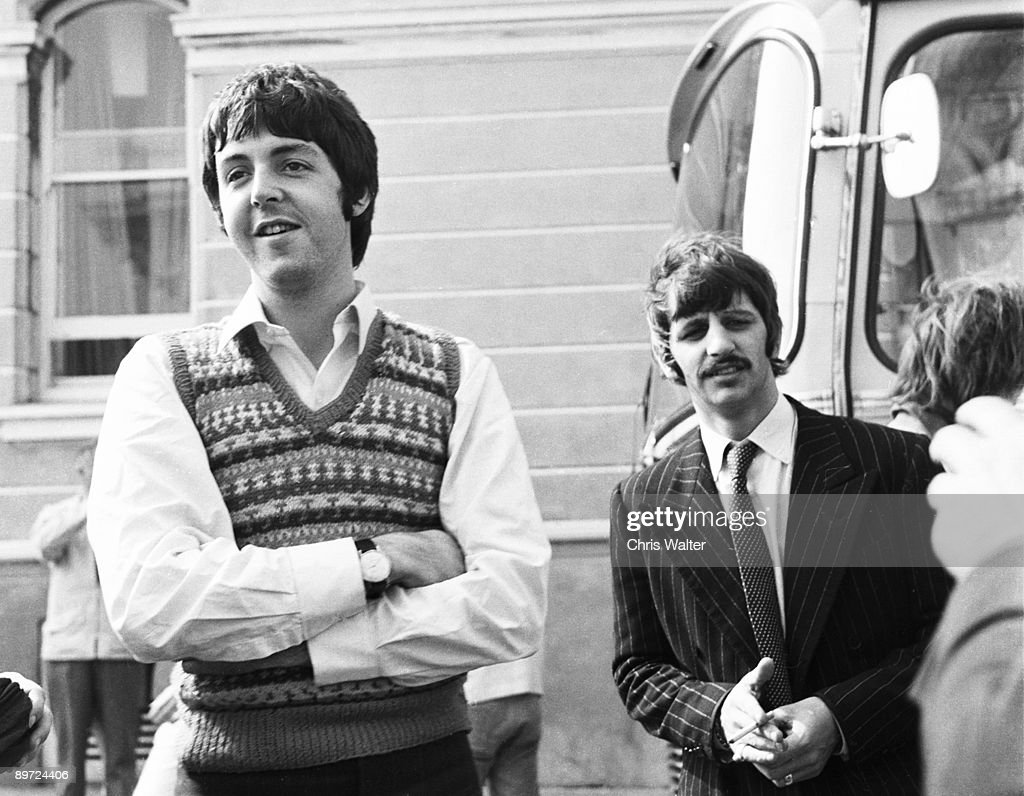 Beatles 1967 <a gi-track='captionPersonalityLinkClicked' href=/galleries/search?phrase=Paul+McCartney&family=editorial&specificpeople=92298 ng-click='$event.stopPropagation()'>Paul McCartney</a> and Ringo Starr at start of Magical Mystery Tour