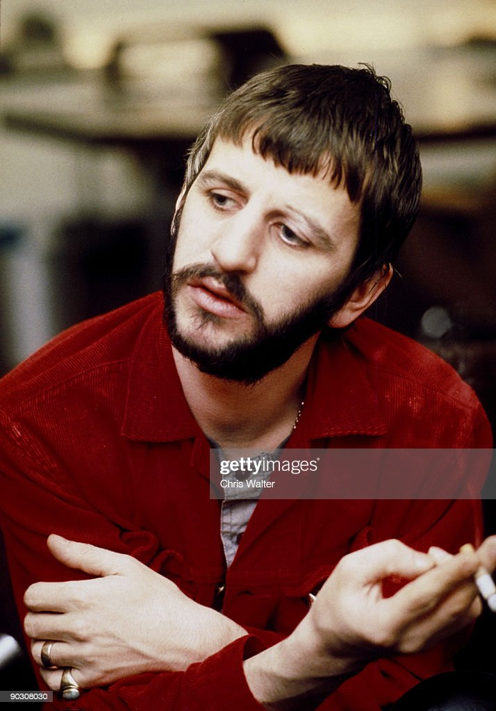 Beatles 1969 Ringo Starr at Apple © Chris Walter